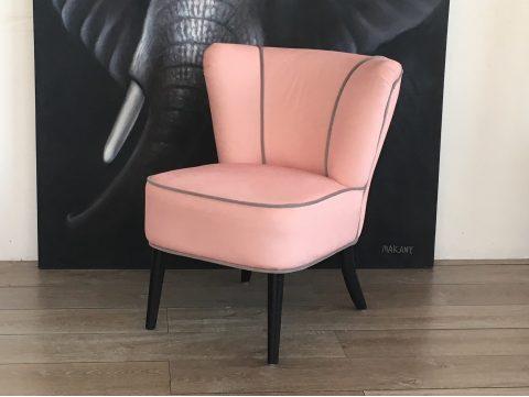 promotions meubles d 39 exposition vintage. Black Bedroom Furniture Sets. Home Design Ideas