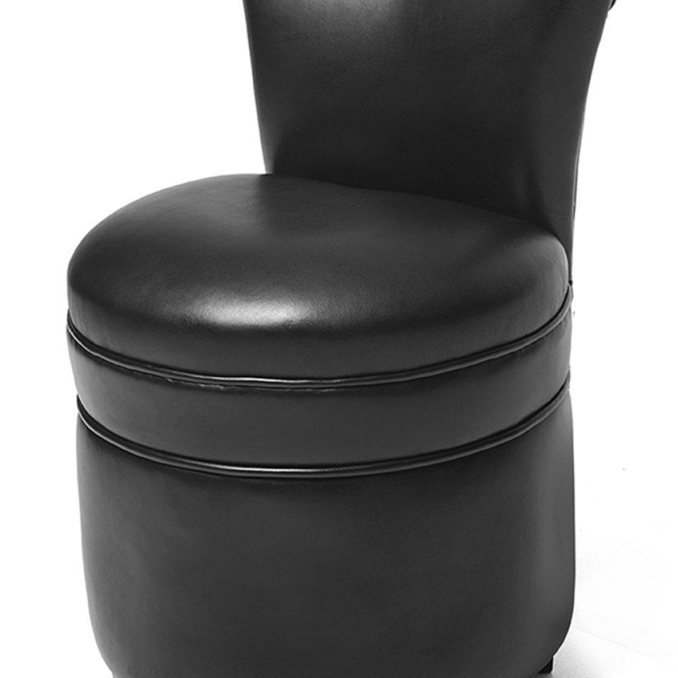 pouf avec dossier en cuir poufs rochembeau. Black Bedroom Furniture Sets. Home Design Ideas